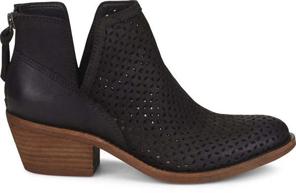 Image of the Addie shoe from the side
