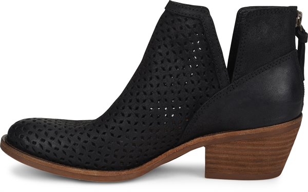 Image of the Addie shoe instep