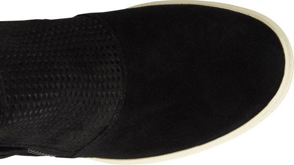 Image of the Bellview shoe from the top