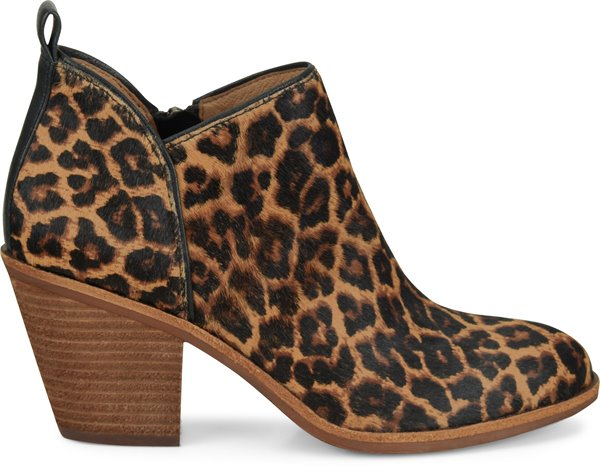 Image of the Tamela shoe from the side