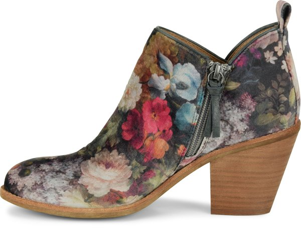 Image of the Tamela shoe instep