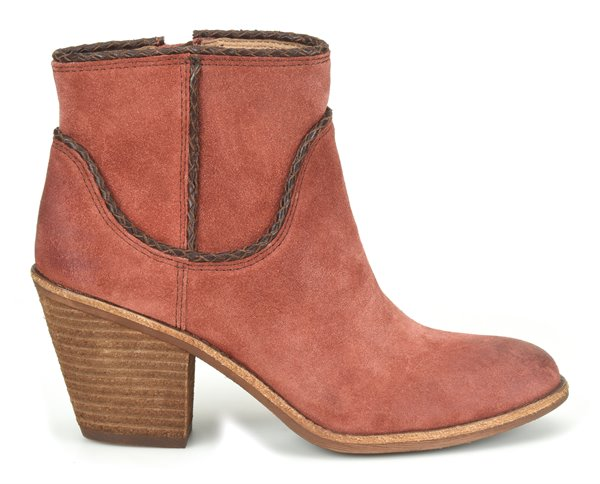 Image of the Taylie shoe from the side