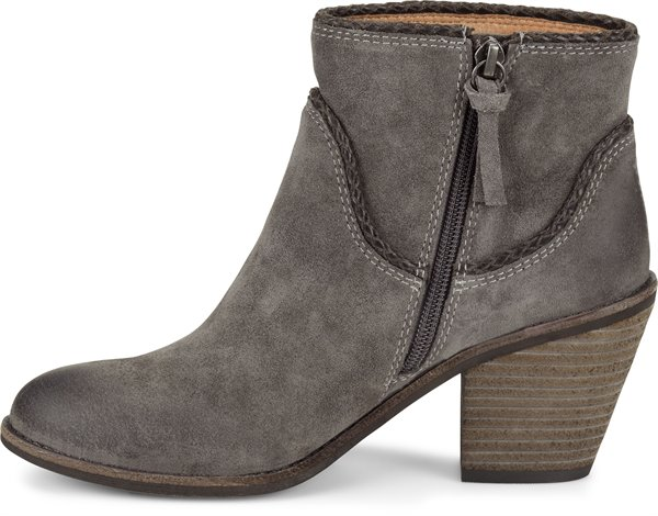 Image of the Taylie shoe instep