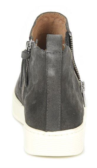 Image of the Britton-Zip shoe heel