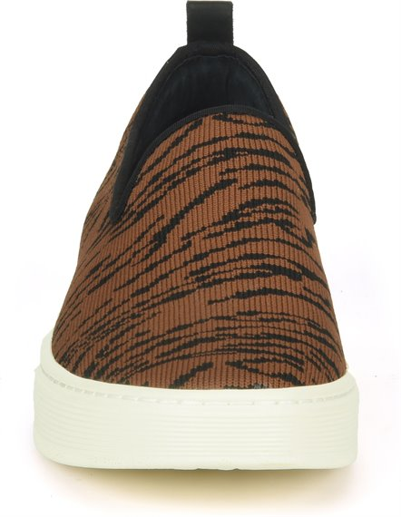 Image of the Somers-Slip-On-Knit shoe toe