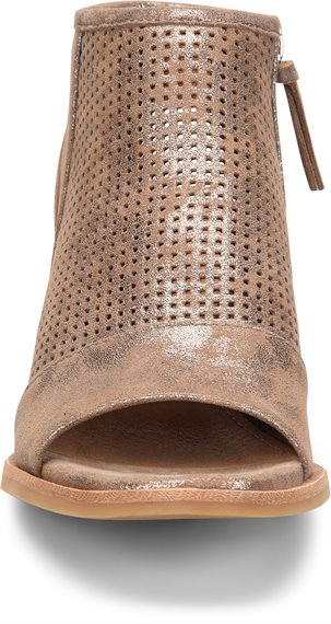 Image of the Coraline shoe toe