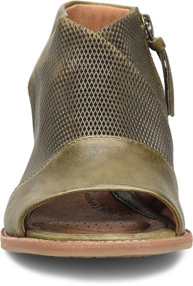 Image of the Natalia shoe toe