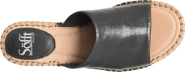 Image of the Nalanie shoe from the top