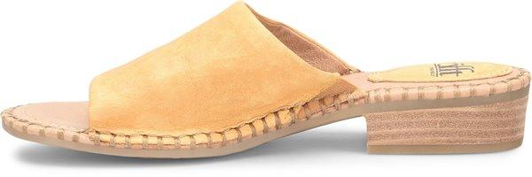Image of the Nalanie shoe instep
