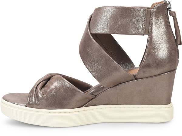 Image of the Sanielle shoe instep