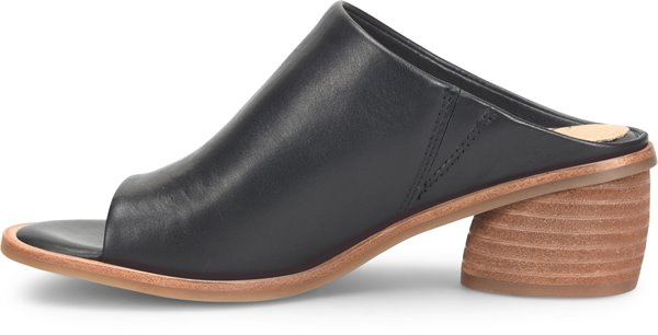 Image of the Carrey shoe instep