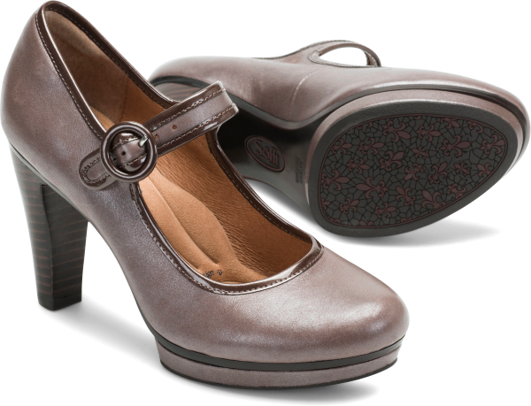 Pair shot image of the Monique shoe