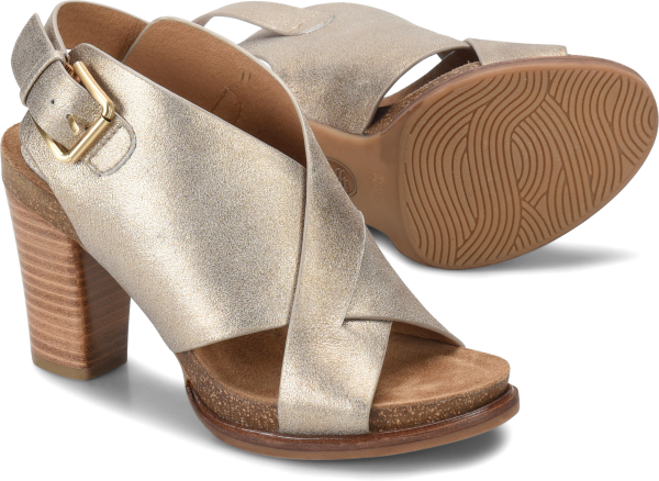 Pair shot image of the Cambria shoe