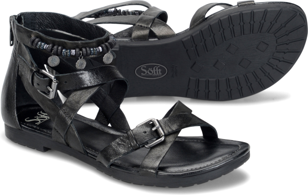 Pair shot image of the Boca shoe