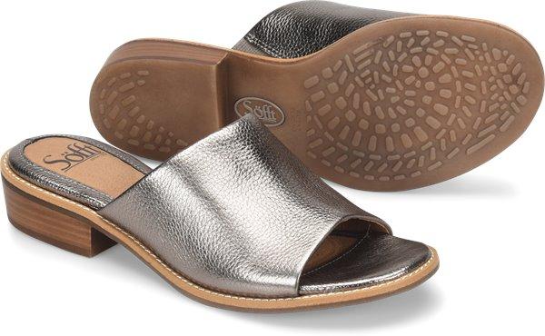 Pair shot image of the Nola shoe