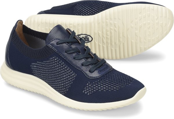 Pair shot image of the Novella shoe