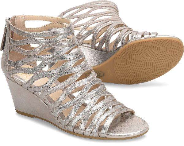 Pair shot image of the Francesca shoe