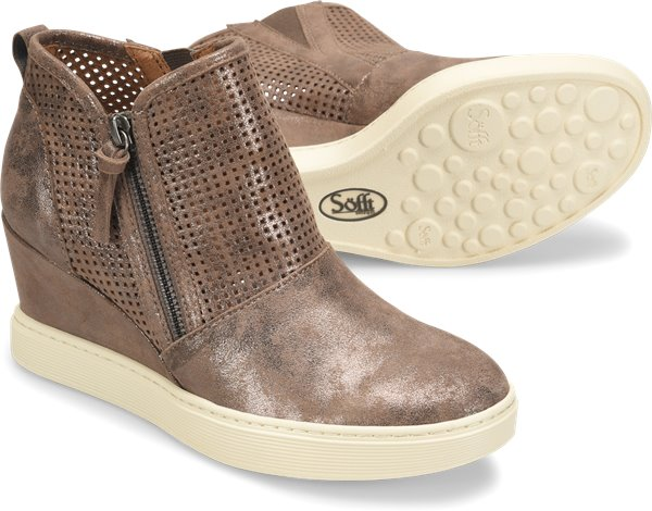 Pair shot image of the Bellview shoe