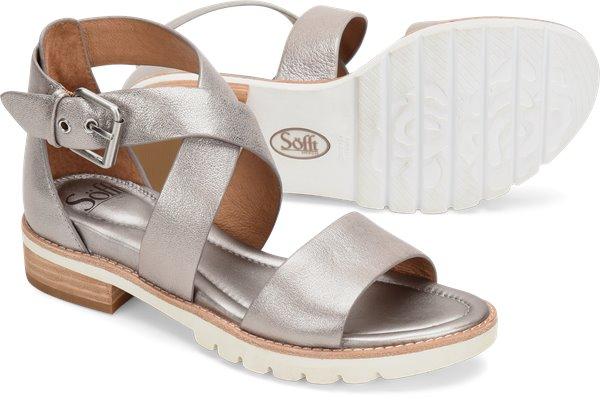 Pair shot image of the Novia shoe