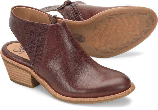 Pair shot image of the Arabia shoe