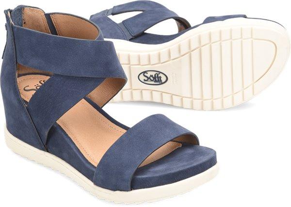 Pair shot image of the Senovia shoe