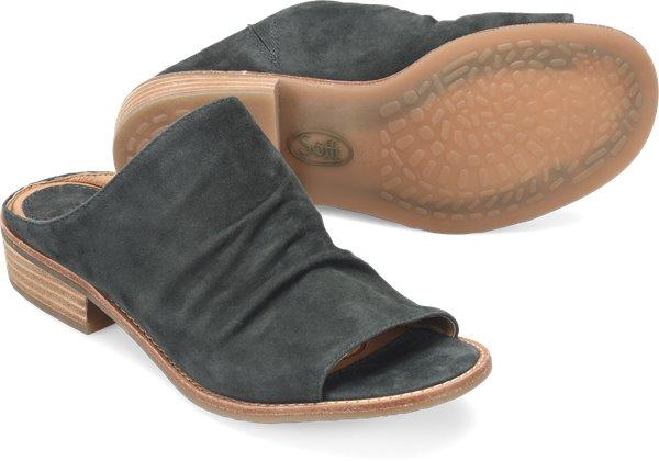 Pair shot image of the Netta shoe