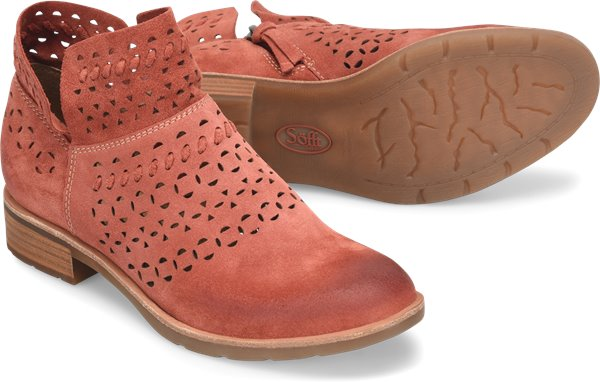 Pair shot image of the Bristow shoe