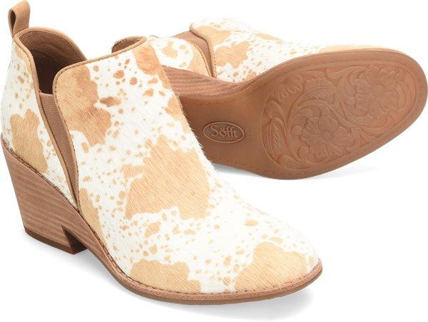 Pair shot image of the Sacora shoe