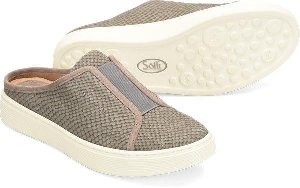 Pair shot image of the Beekon shoe