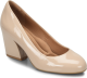 Shoe Color: Nude