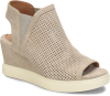 Shoe Color: Moonstone-Grey-Suede