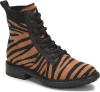 Shoe Color: Black-Tan-Tiger