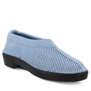 LIGHT BLUE Spring Step Tender