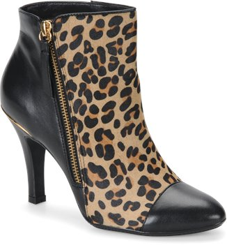 Natural Leopard Hair/Black Sofft Makayla