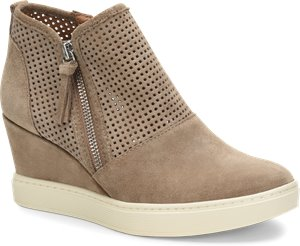 Light Taupe Suede Sofft Bellview