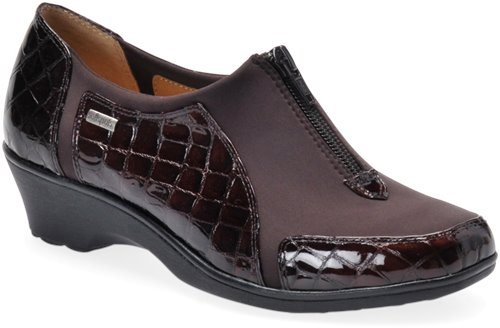 Dark Brown Croco Patent Softspots Sparks