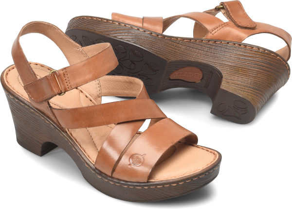 BORN Cubera : Brown - Womens