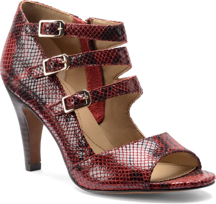 Isola Dara : Ruby Red Suede - Womens