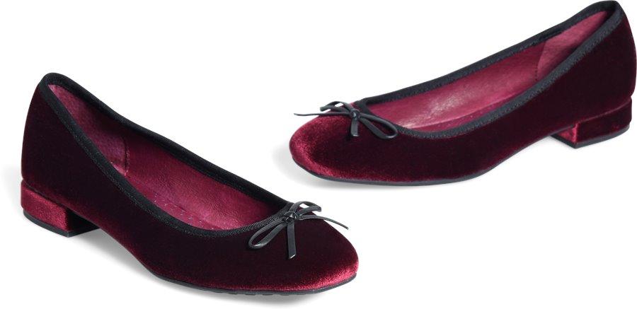 ONO Hallada : Burgundy Velvet - Womens