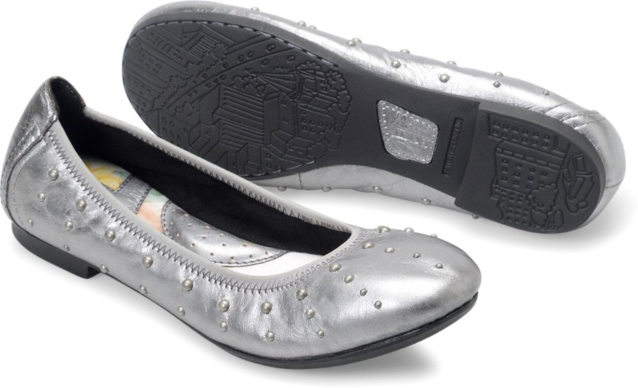 Born Julianne : Silver Stud Metallic - Womens